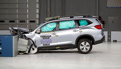 IIHS назвал Subaru лучшим брендом года