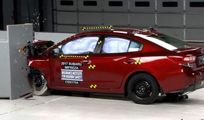 Subaru Impreza получила высший рейтинг безопасности
