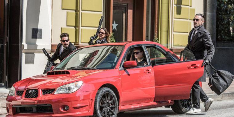 Красный Subaru WRX из «Малыш на драйве» продан за 69 100 долларов США
